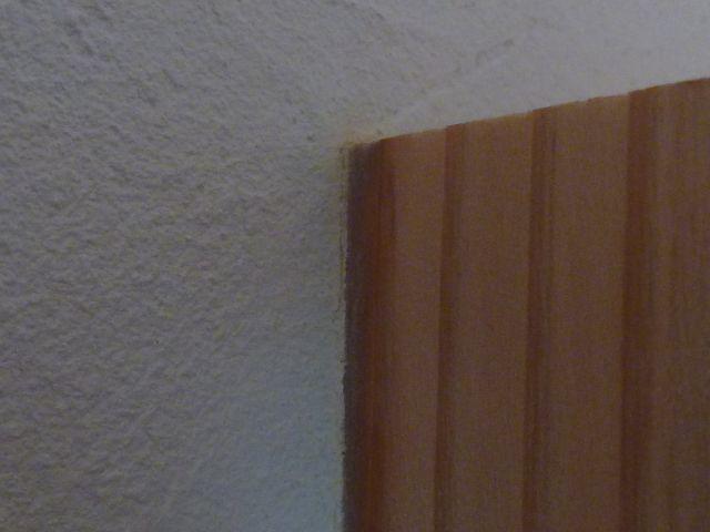 杉と漆喰.JPG